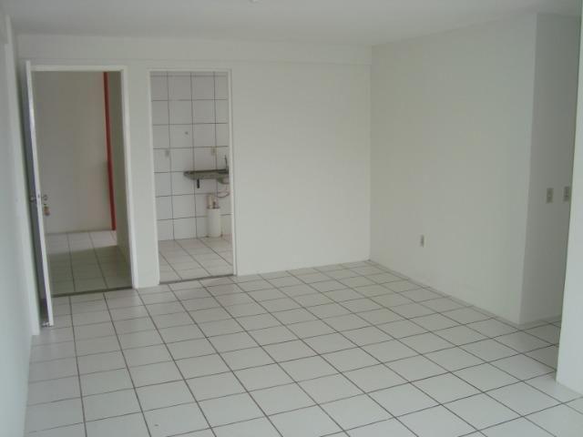 Apartamento de 80 m², 3 quartos e 2 vagas cobertas na garagem - Foto 6