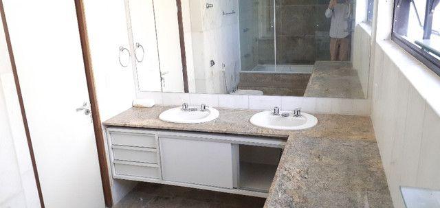 AL98 Apartamento 4 Suítes e Varandas, Varandão, 6 Wc, 3 Vagas, 405m², Beira Mar Boa Viagem - Foto 10