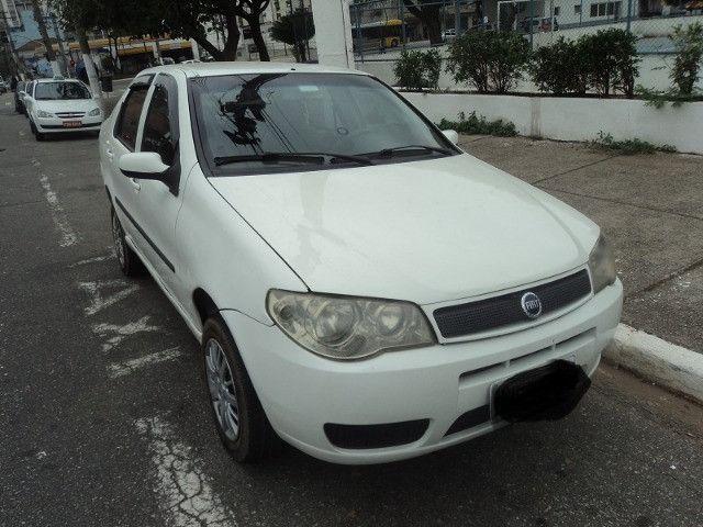 Fiat siena hlx 2006 em perfeito estado financio mesmo com nome sujo - Foto 2