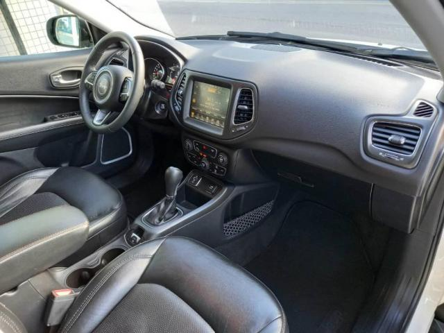 Jeep Compass LONGITUDE  - Foto 9