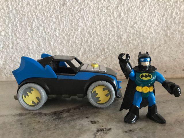 Batmóvel com batman DC comics Imaginext  - Foto 5