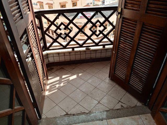 A301 - Apto com um dormitório em local nobre - Foto 8