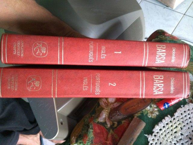 Dicionários e livros - Foto 4