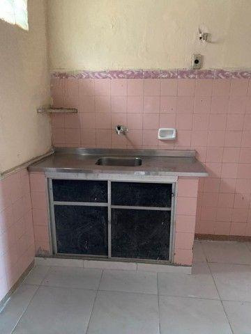 Casa dupléx no Montese com ponto Comercial  1500,00 - Foto 6