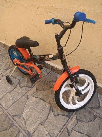 Bicicleta Caloi Hot Wheels aro 16 - Foto 6