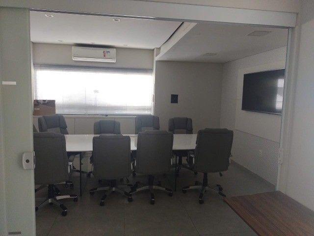 Alugo salas comerciais  com móveis e ar-condicionado. - Foto 3