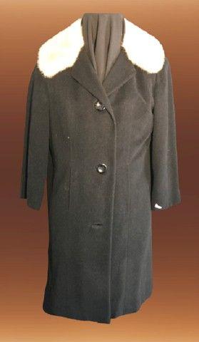Casaco lã batida preta com gola de Vison (usado) - Foto 4