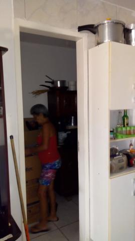 Troco ou repasso apartamento por casa