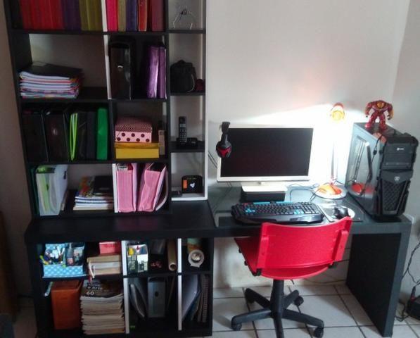 Estante - Escrivaninha com design exclusivo