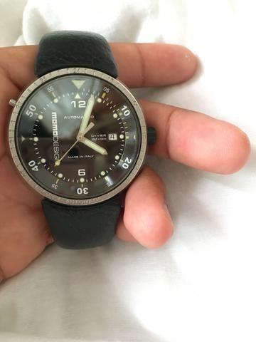 cfb52aabee3 Vendo relógio Momo design automático - Bijouterias