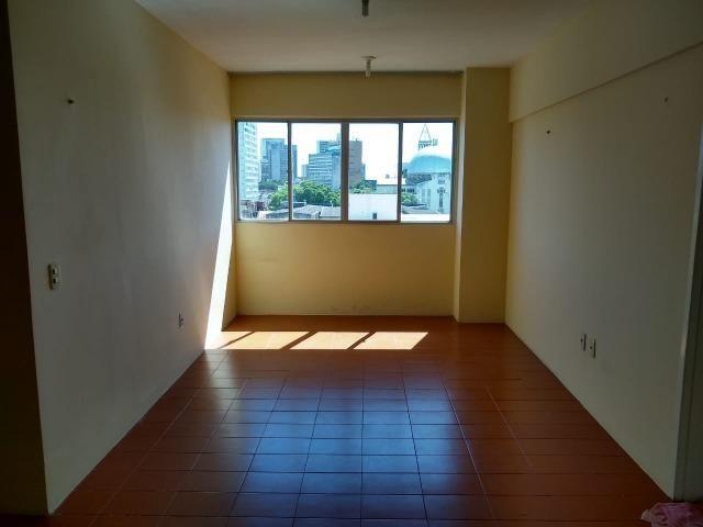 Ótimo apartamento com 03 quartos para aluguel no Centro - Foto 12