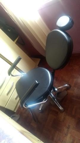 Cadeira de salão reclinável pra hj