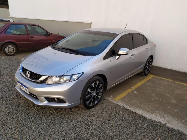 Honda Civic LXR 2.0 15/15