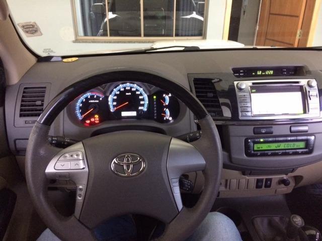 Hilux SW4 3.0 TDI 4x4 SRV Auto 2013/2013 - Foto 6