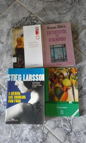 Livros vários tipos - Foto 2