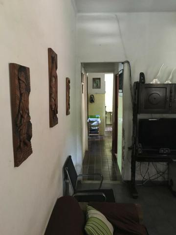 Casa independente com 2 quartos e garagem em Rocha Miranda por 299 mil! - Foto 2