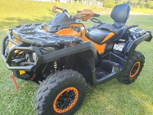 Quadriciclo Can Am Xtp max 1000r