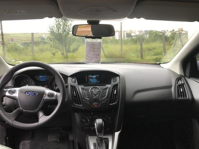 Vendo/Troco Ford Focus 1.6 S 16V Powershift - Flex - 2014 - Foto 13
