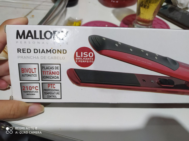 Prancha Mallory red diamond