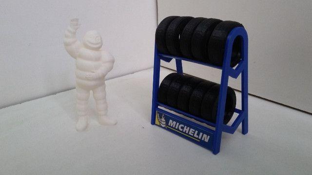 Miniatura Rack com pneus escala 1:18 - Foto 5