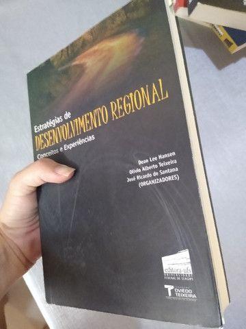 Livro - Estratégias de Desenvolvimento Regional - Foto 3