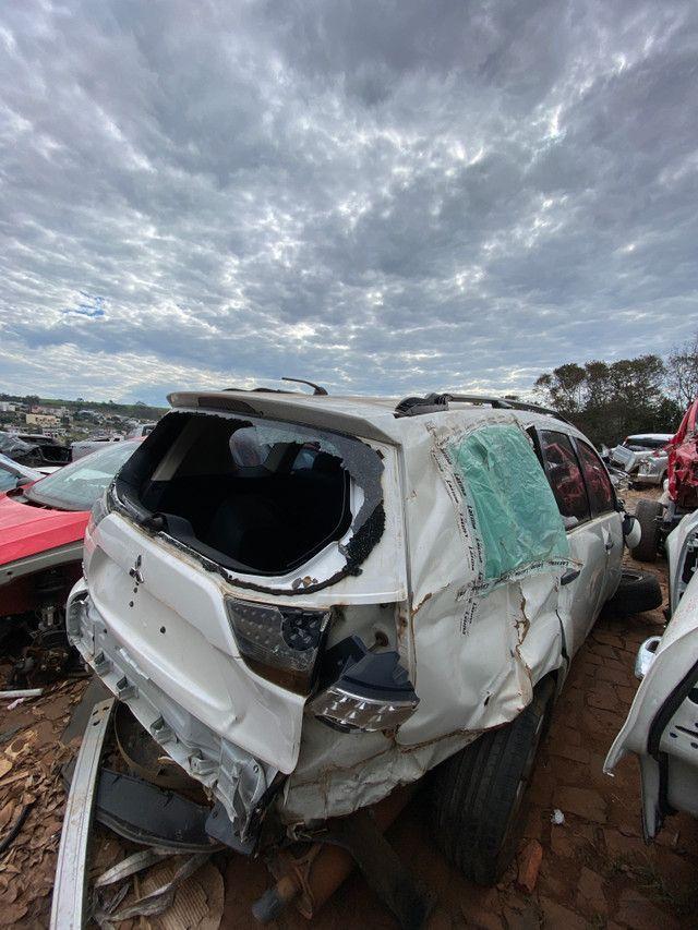 Sucata para retirada de peças- Mitsubishi Outlander 2013 - Foto 2