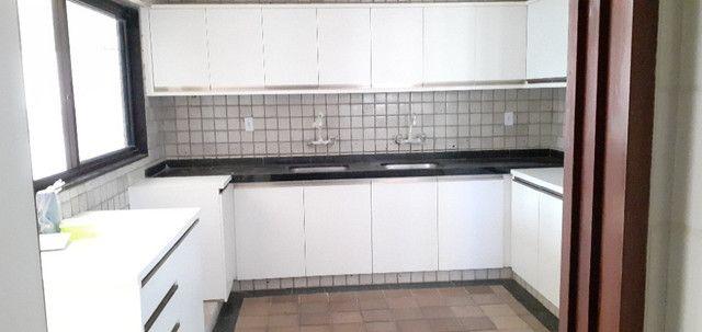 AL98 Apartamento 4 Suítes e Varandas, Varandão, 6 Wc, 3 Vagas, 405m², Beira Mar Boa Viagem - Foto 18