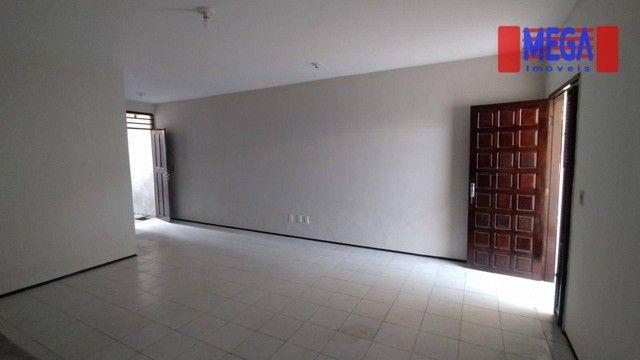 Casa com 3 suítes para alugar próximo à Av. Godofredo Maciel - Foto 5