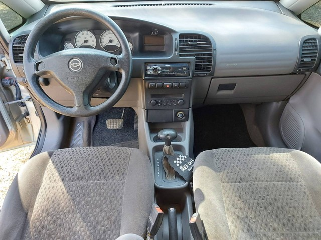 Zafira Elegance 2.0 flex automática 7 Lugares ano 2006 aceito troca - Foto 6