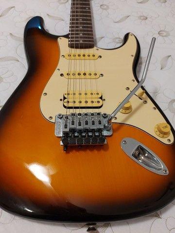 Guitarra Fender Squier Stratocaster Korea com Floyd Rose - Foto 2