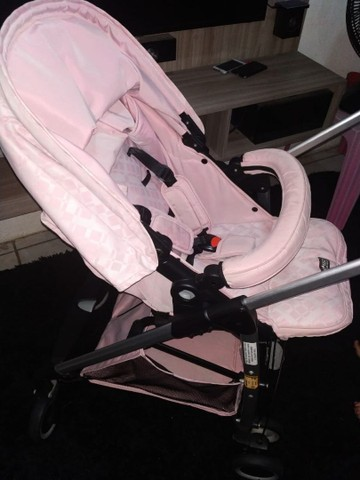R$ 650 Carrinho Super novo + bebê Conforto