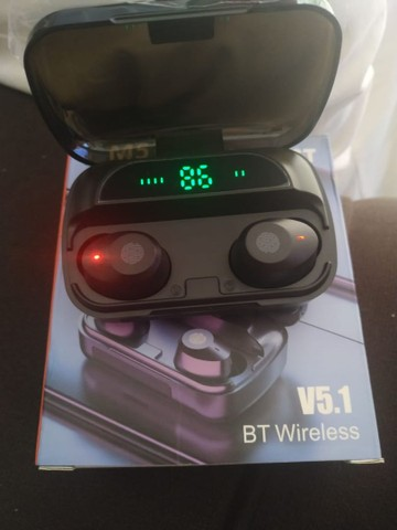 Fone sem fio marca TWS m5 80$ cada