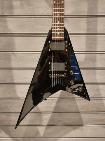 Guitarra Jackson Performer Flying V Randy Rhoads EMG 81 85