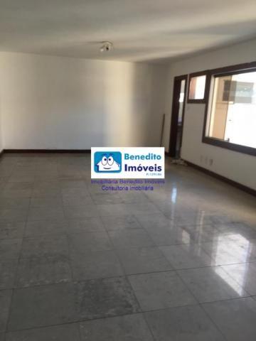 Vendo 06 salas comercias no centro de Porto Seguro.