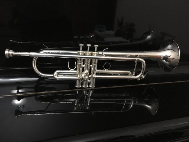 Trompete Yamaha Custon Prata