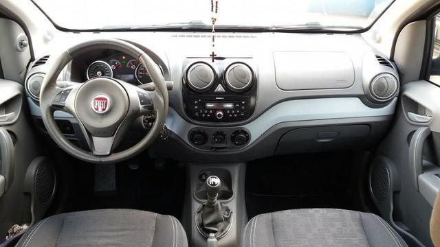 Fiat - Palio 1.4 Attractive - Foto 7