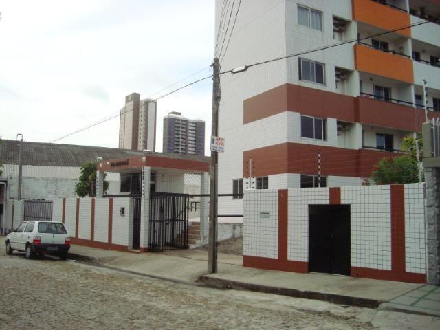 Apartamento de 80 m², 3 quartos e 2 vagas cobertas na garagem