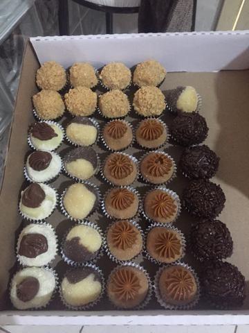 Vendo brigadeiros salgados e bolo de aniversário faça sua encomenda hoje mesmo - Foto 3