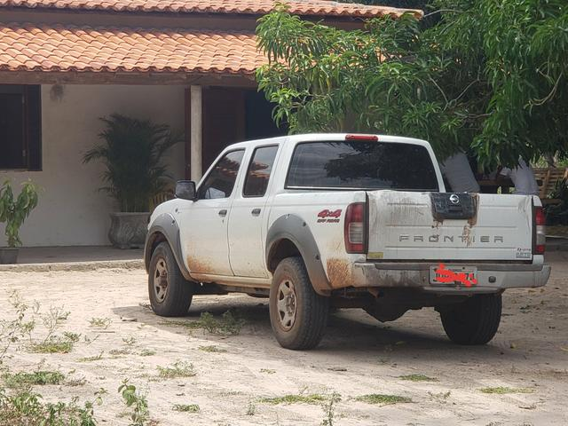 Nissan frontier 4x4 xe - Foto 4