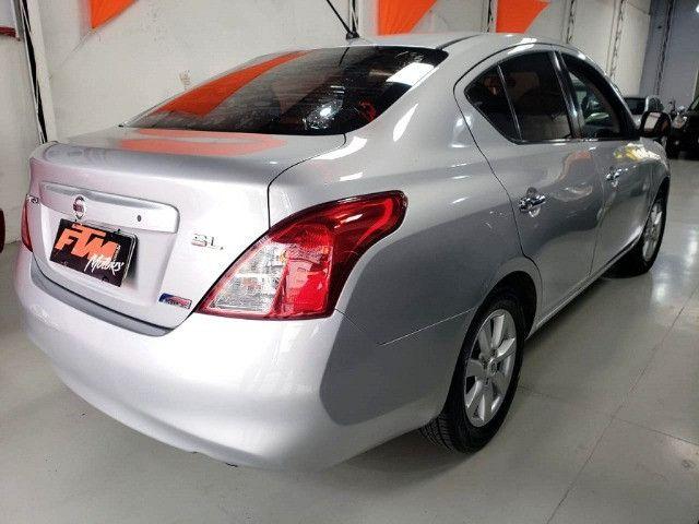 Nissan Versa SL 1.6 Flex 2013 - Foto 2