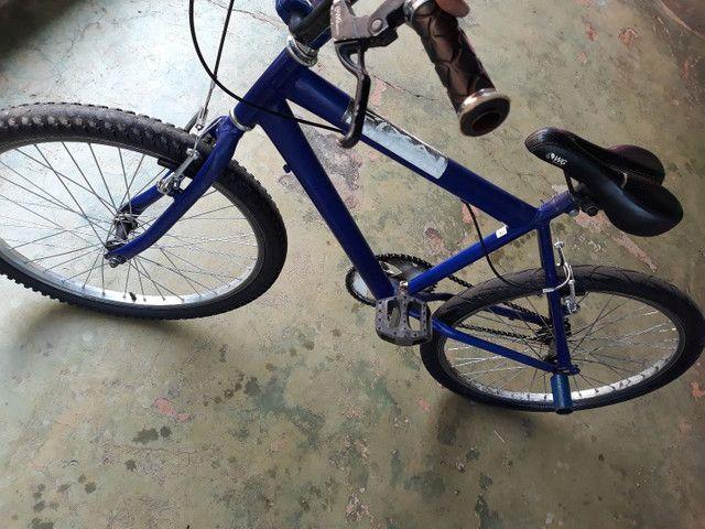 Troco  bicicleta aro 24 semi nova