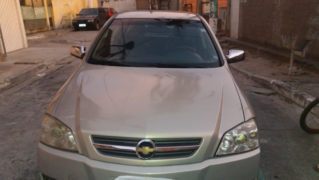 Astra sedan 2.0 elite manual - Foto 3