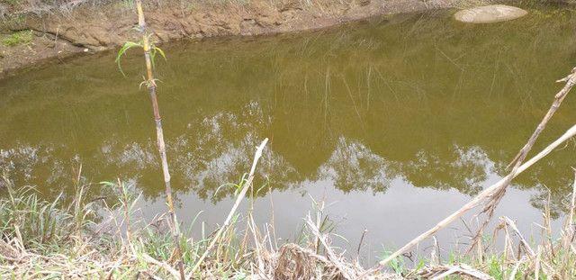 Pedra azul chacara 2.500metro lago nascente agua gravidade plana parcelo troco veiculos