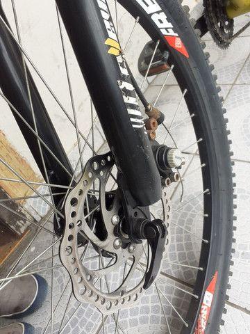 Bike aro26 vinkingx semi nova - Foto 3