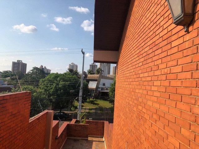 Maravilhoso sobrado no centro de Esquina 750m2 na Eduardo Santos Pereira - Foto 4