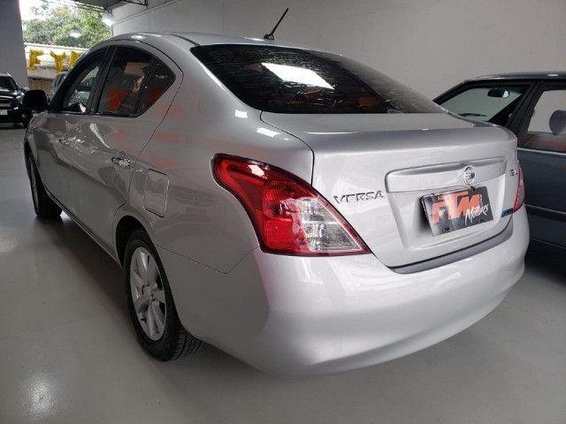 Nissan Versa SL 1.6 Flex 2013 - Foto 6
