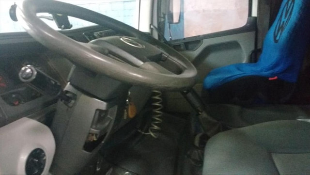 VW 24250 Baú ANO 2012 - Foto 5