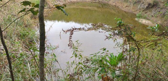 Pedra azul chacara 2.500metro lago nascente agua gravidade plana parcelo troco veiculos - Foto 4