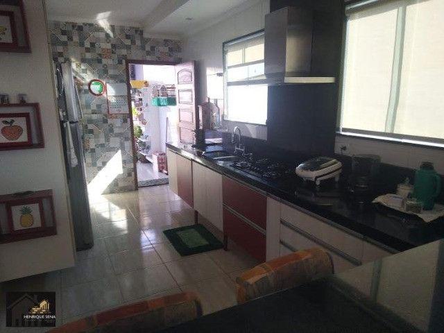 Duplex com 04 quartos, todo fino acabamento, espaço construir piscina e área gourmet