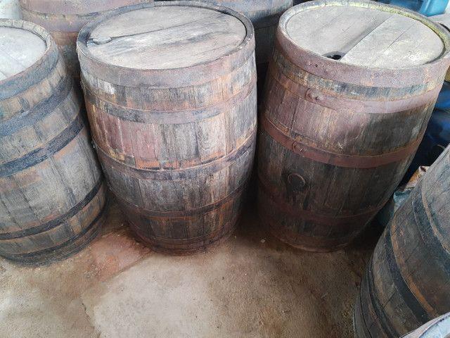 Vendo barril de carvalho
